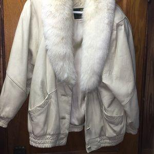 Avanti Genuine Leather with Fox Fur Collar